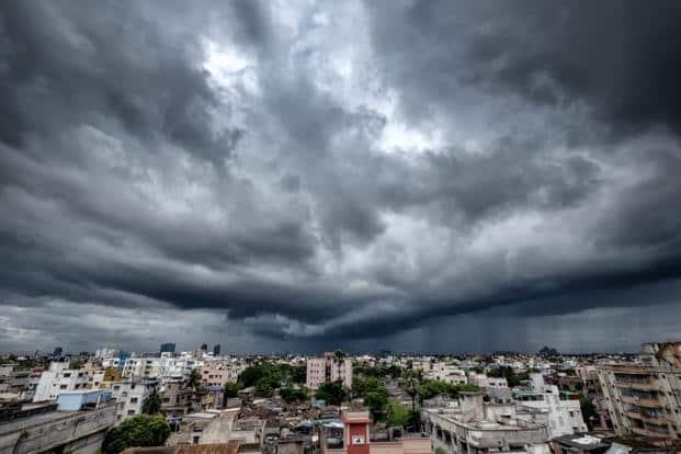 A nor'wester breaks over the Kolkata skyline. Photo: Debarshi Duttagupta