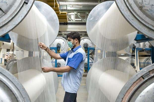 India's total textile imports jumped by 16% to a record $7 billion in the fiscal year to March 2018. Of this, about $3 billion were from China. Photo: Mint