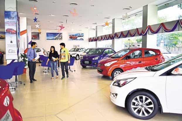Domestic car sales declined 1% in August to 196,847 units from the corresponding period, while sales of utility vehicles dropped 7.1% to 73,073 units, according to Siam. Photo: Pradeep Gaur/Mint
