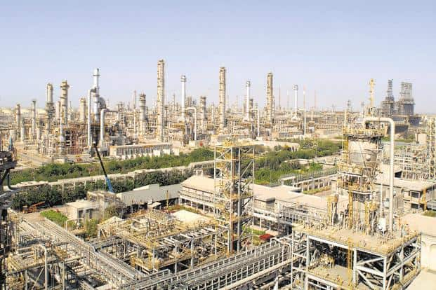 Costly oil to shrink Reliance Industries' refining margins