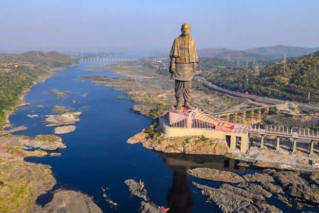Located In Gujarats Narmada District The Worlds Tallest Statue About 600 Feet