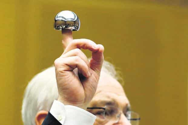 The hip implant was made by J&J's fully-owned subsidiary. Photo: Bloomberg