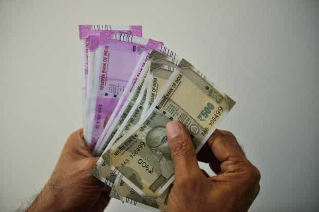 Rupee plunges 50 paise to 71 32 against US dollar