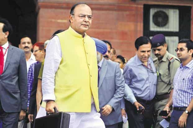 Finance minister Arun Jaitley will present the interim budget, the final one by the Narendra Modi government ahead of general election, on 1 February. Photo: Pradeep Gaur/Mint